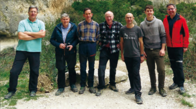 """José Ramón López Retamero coautor del libro """"Plantas de las cumbres del Pirineo. Flora del piso alpino"""""""